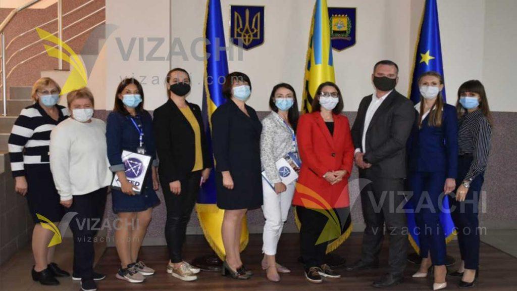 مهاجرت اوکراین ، مهاجرت به اوکراین ، ویزای ویزا  تحصیلی کاری ثبت شرکت در اوکراین ، ویزای کاری دانشجویی اقامت حضانت ازدواج ثبت شرکت اوکراین